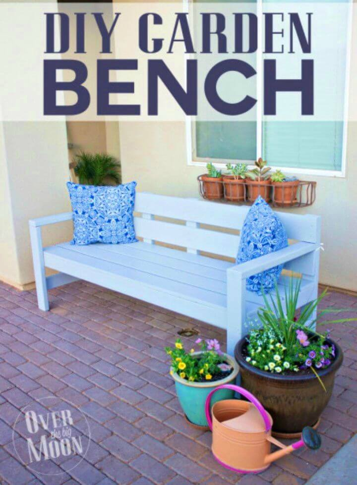 Adorable DIY Front Porch Bench