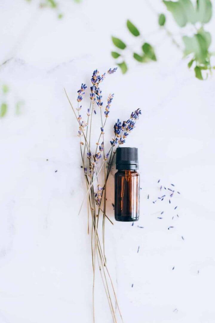 3 Green Cleaning Lavender Oil Uses Recipes