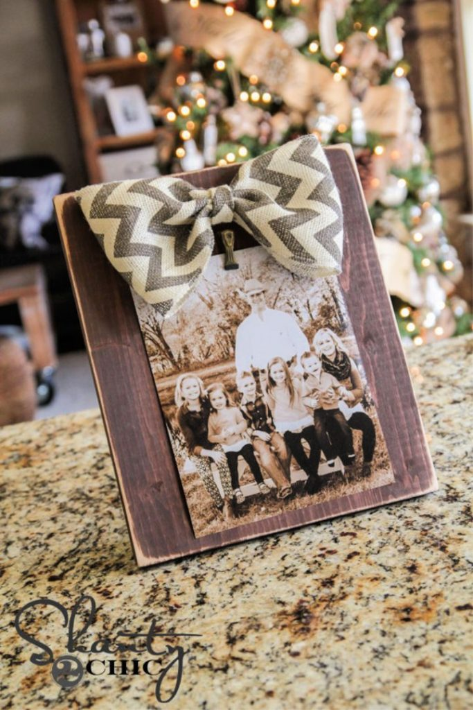 DIY 3 Bow Picture Frame