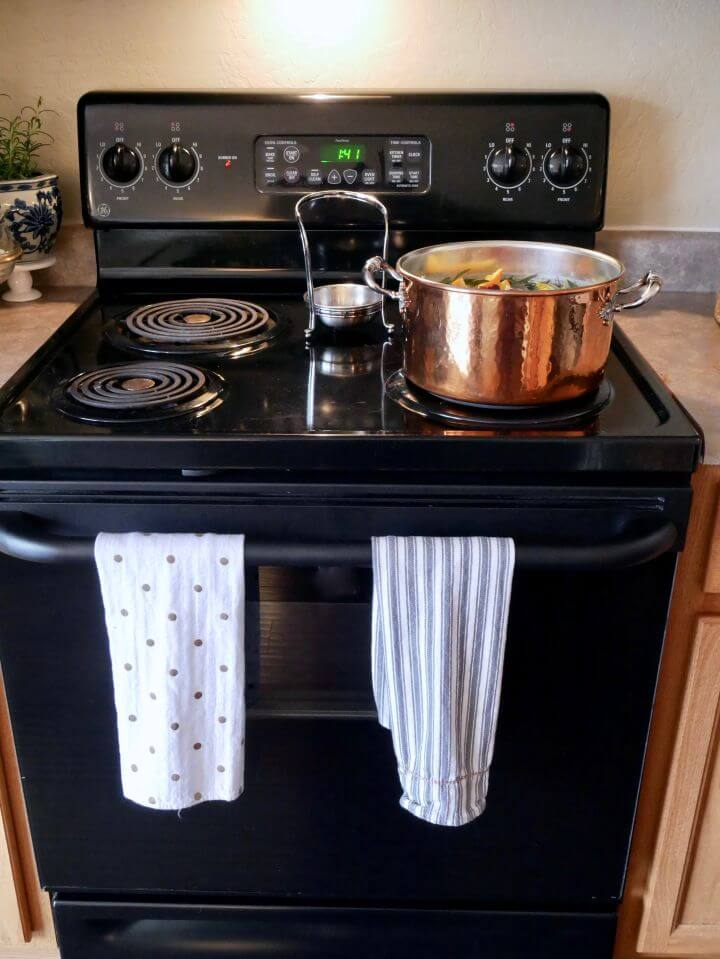 DIY Cleansing Stovetop Scent