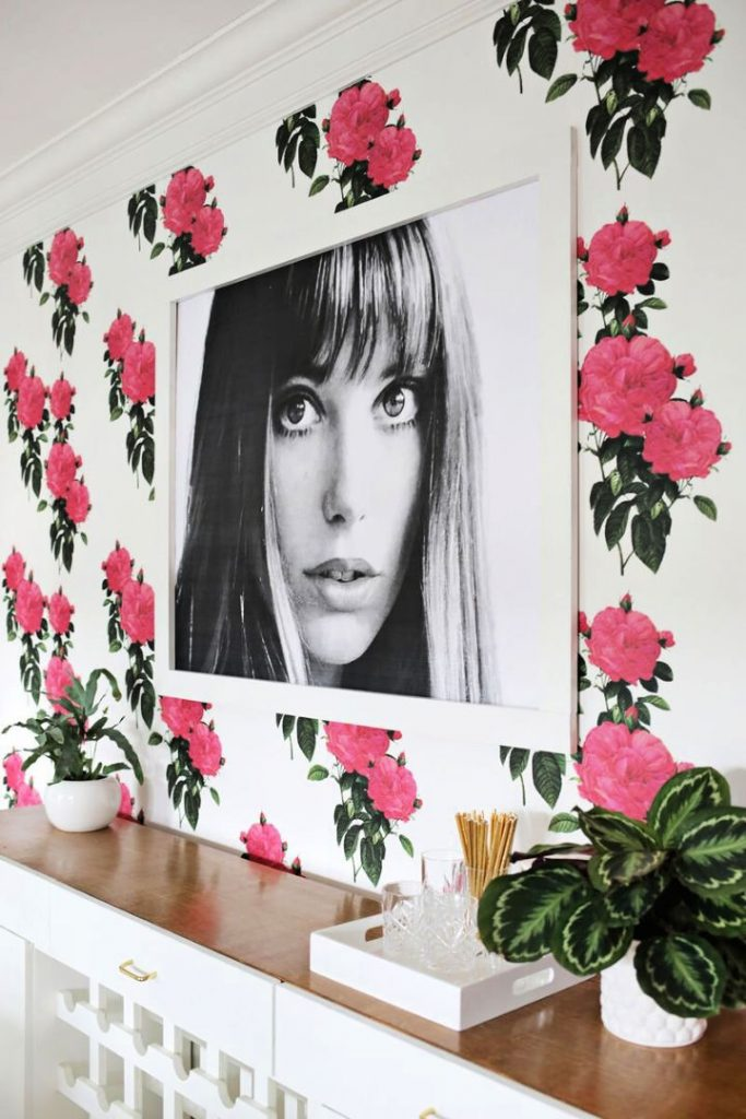 DIY Oversized Frame for a Fraction Of The Price