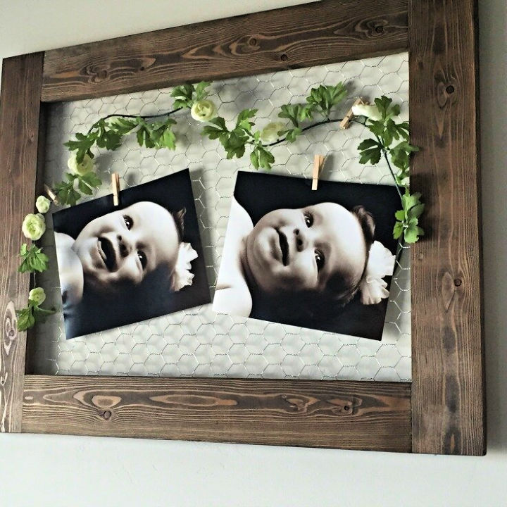 Farmhouse Style Chicken Wire Picture Frame