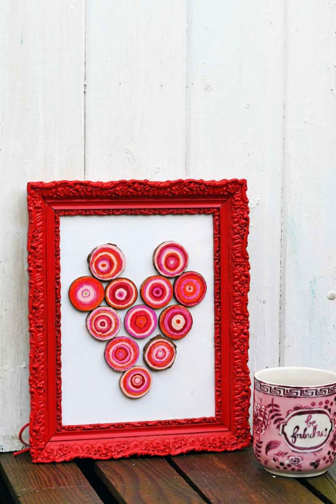Make a Painted Rustic Picture Frame