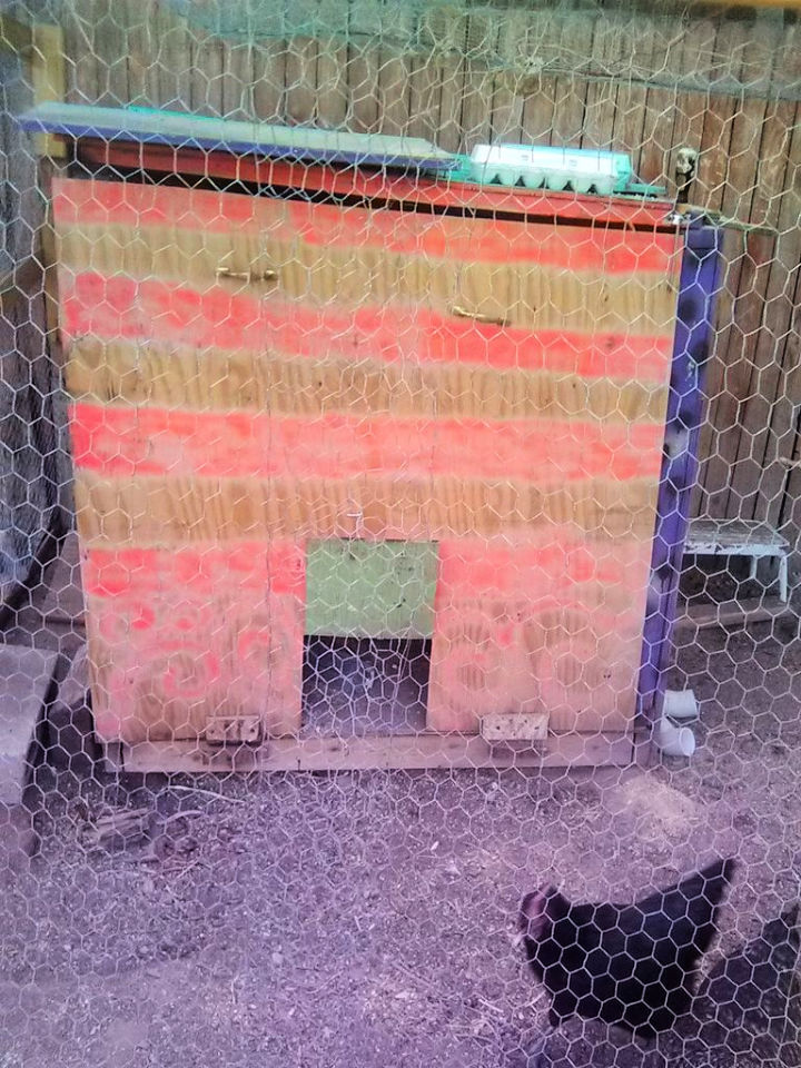 Chicken Coop Out of Recycled Pallets