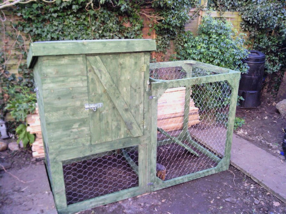 Chicken Coop from a Pile Of Pallets