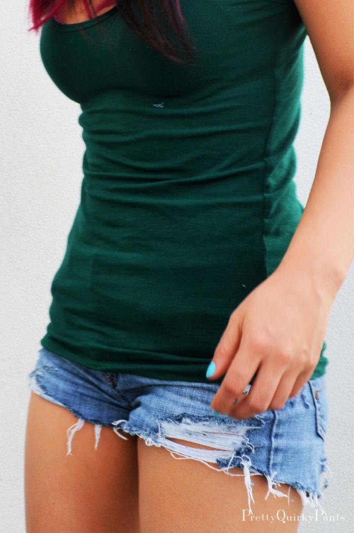 DIY Distressed Cut Off Shorts