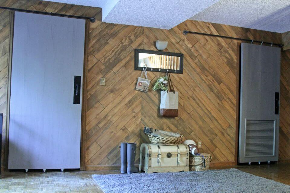 DIY Farmhouse Barn Doors