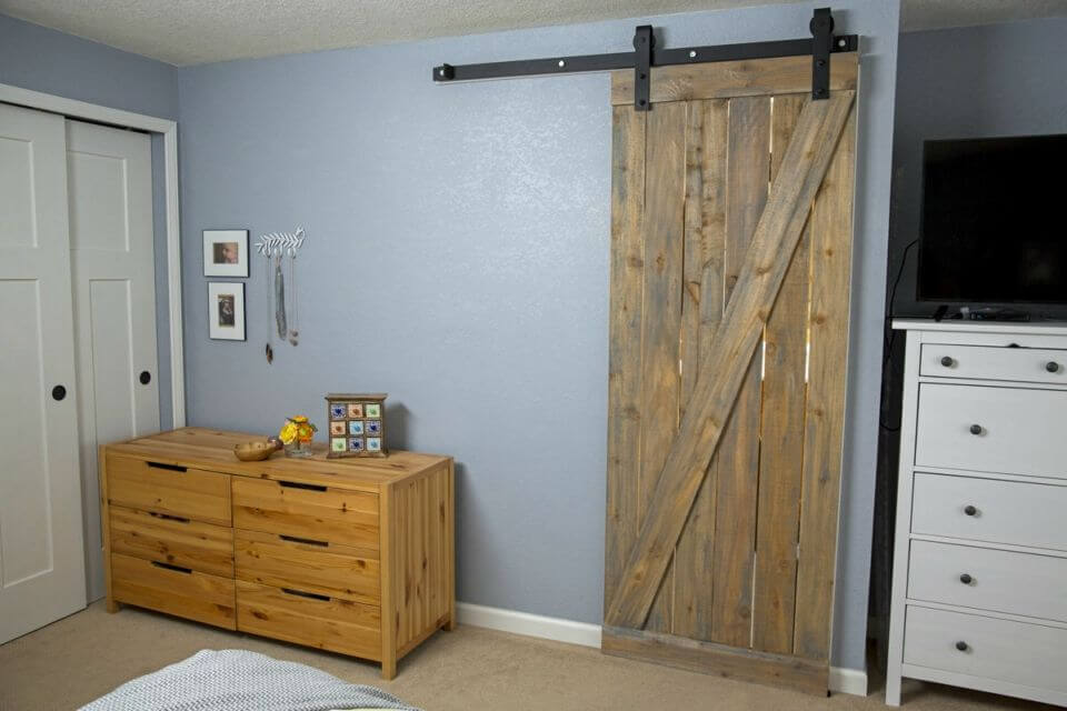 DIY Hang a Barn Door