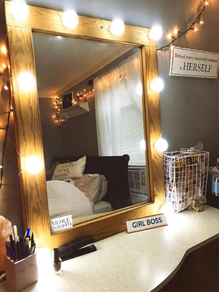 DIY Vanity Mirror Under 25