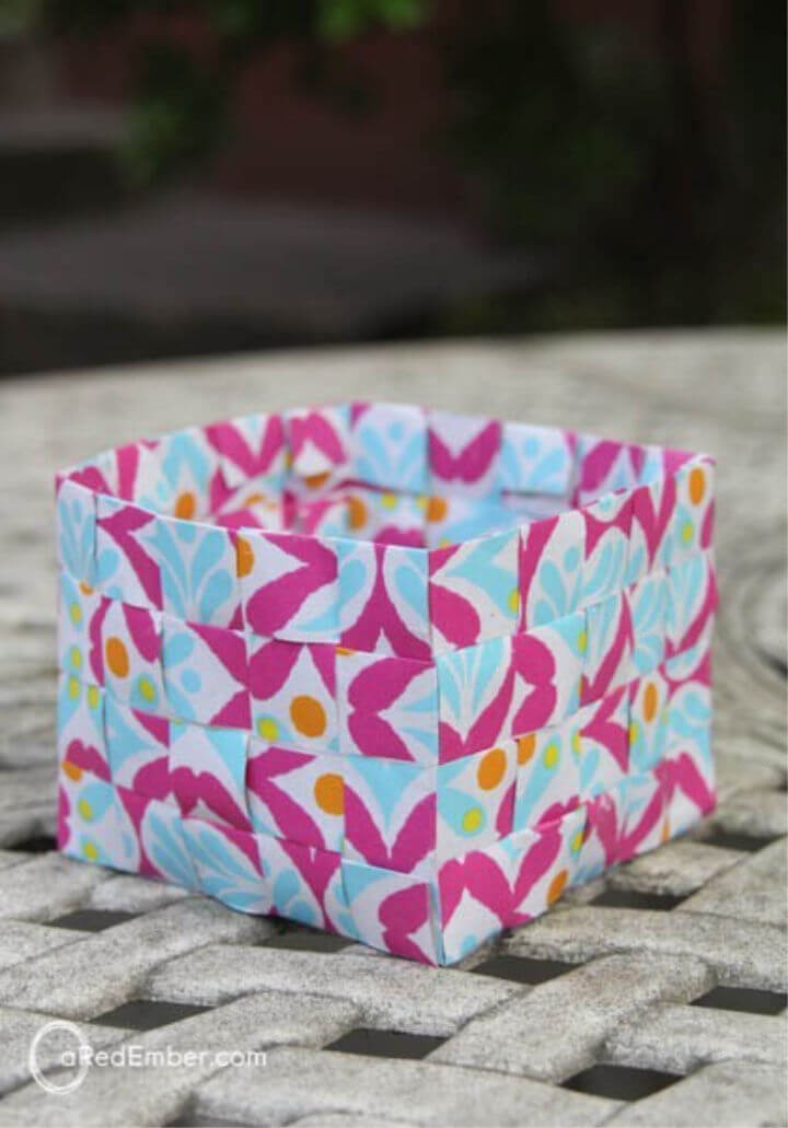 DIY Wrapping Paper Baskets