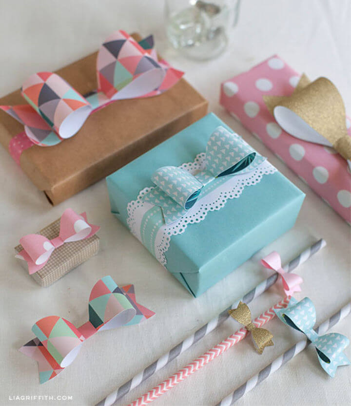 Easy to Make Make Wrapping Paper Bows