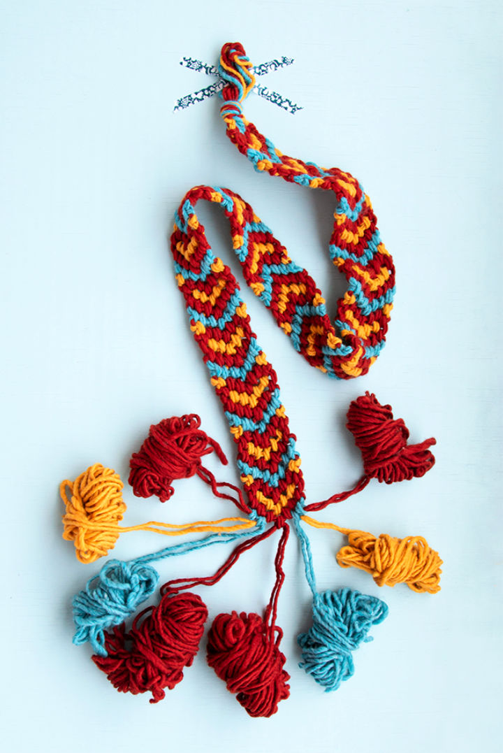 Giant Friendship Bracelet Pattern