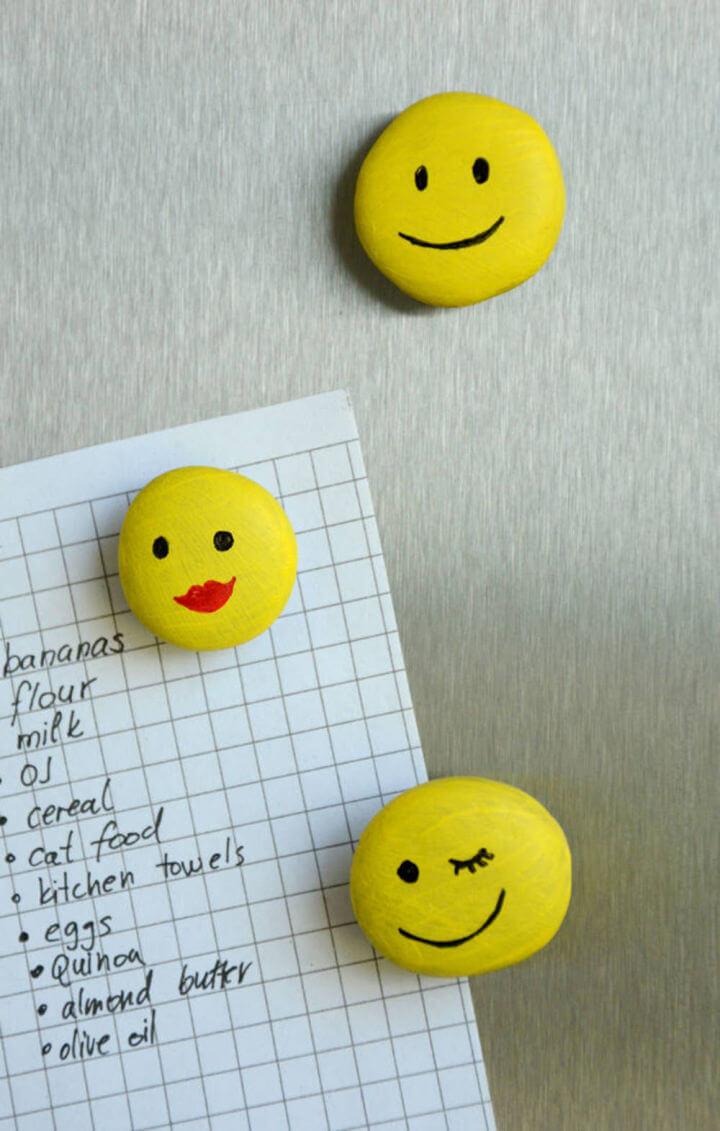 How to Make Emoji Magnets