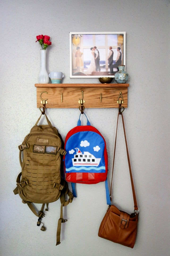 Make Beg Hook for Your Entryway
