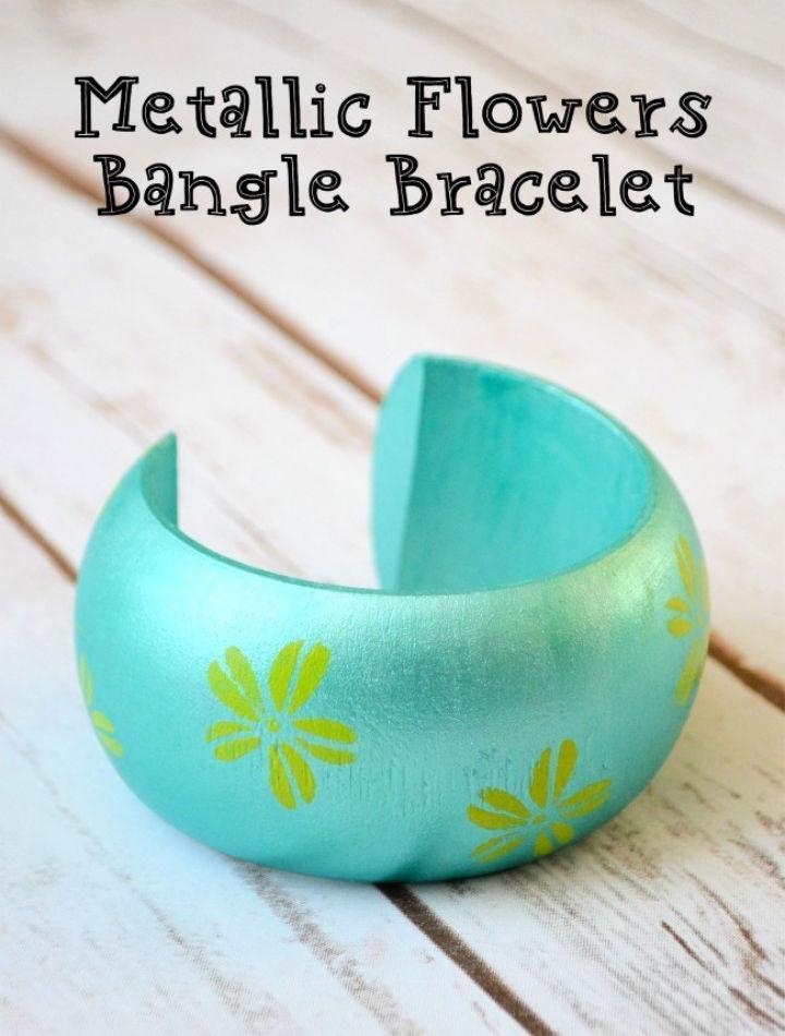 Metallic Flowers Bangle Bracelet