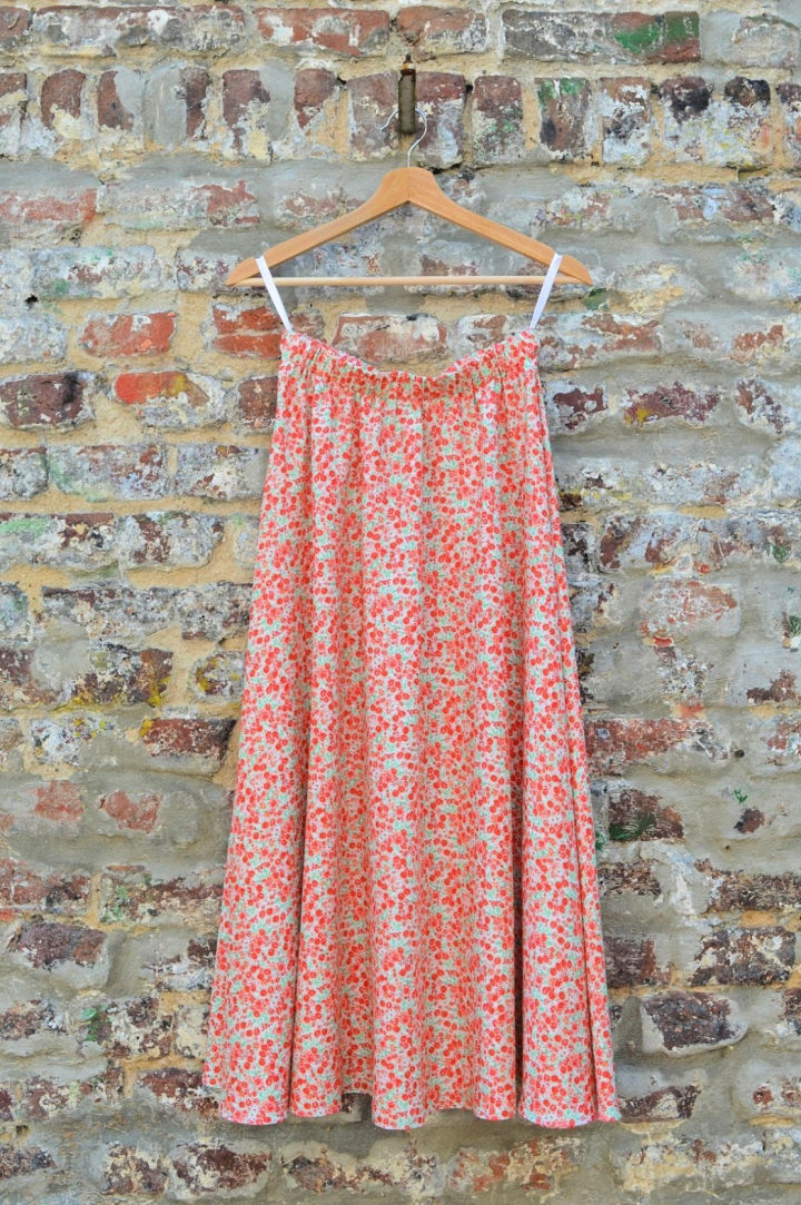 Simple Half Circle Skirt Without a Zipper