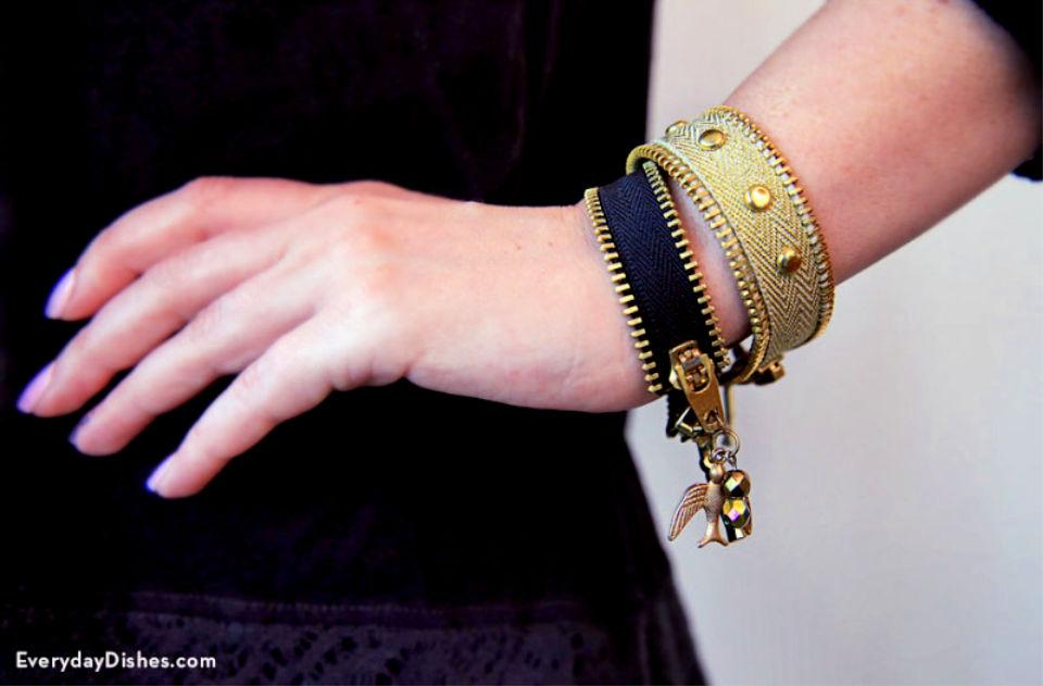 Zipper Friendship Bracelet
