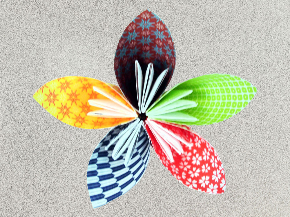 Colors Paper: Paper flower tutorial (Origami Flower) - Amazing and ... | 750x1000